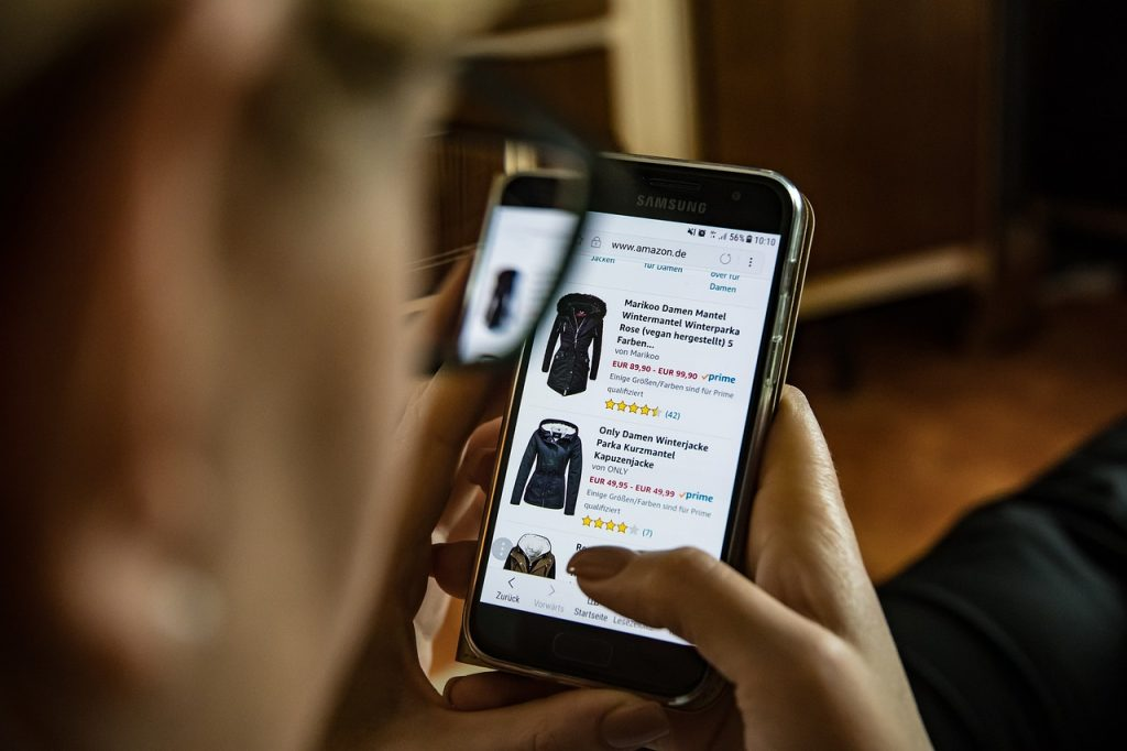 social sign on online shopping